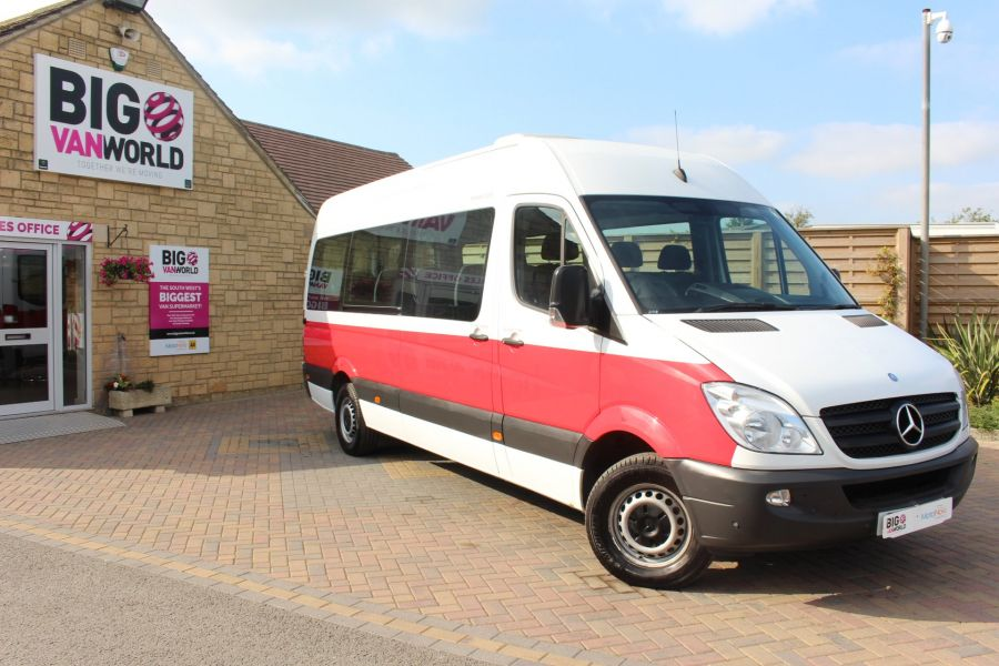 MERCEDES SPRINTER 316 CDI 163 TRAVELINER LWB 15 SEAT BUS HIGH ROOF - 8100 - 2