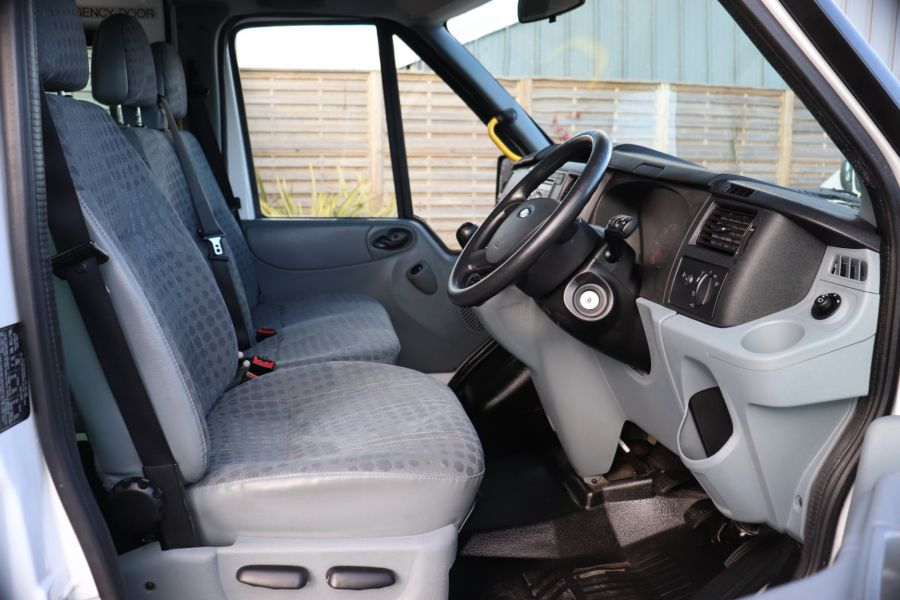 FORD TRANSIT 430 TDCI 135 EL LWB 17 SEAT BUS HIGH ROOF WITH WHEELCHAIR ACCESS RAMP DRW RWD - 10401 - 14