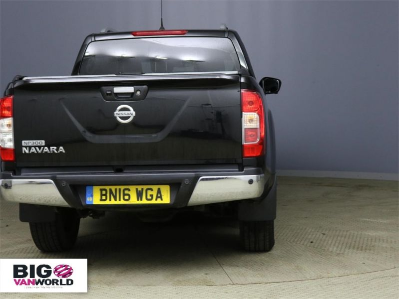 NISSAN NP300 NAVARA DCI 190 TEKNA 4X4 DOUBLE CAB WITH ROLL'N'LOCK TOP - 9186 - 3