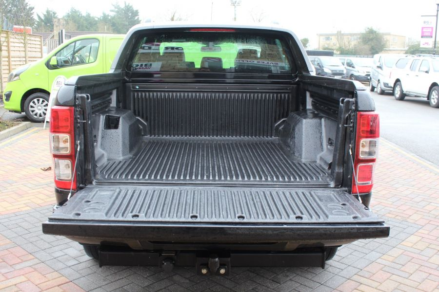 FORD RANGER WILDTRAK TDCI 197 4X4 DOUBLE CAB - 7635 - 23