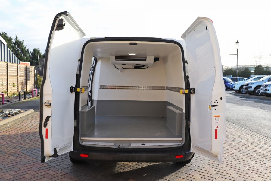 FORD TRANSIT CUSTOM 270 TDCI 105 L1H1 SWB LOW ROOF FRIDGE VAN WITH OVERNIGHT FWD - 11587 - 4