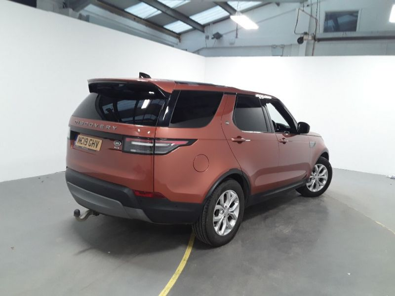 LAND ROVER DISCOVERY 3.0 SDV6 306 COMMERCIAL SE AUTO - 11903 - 3