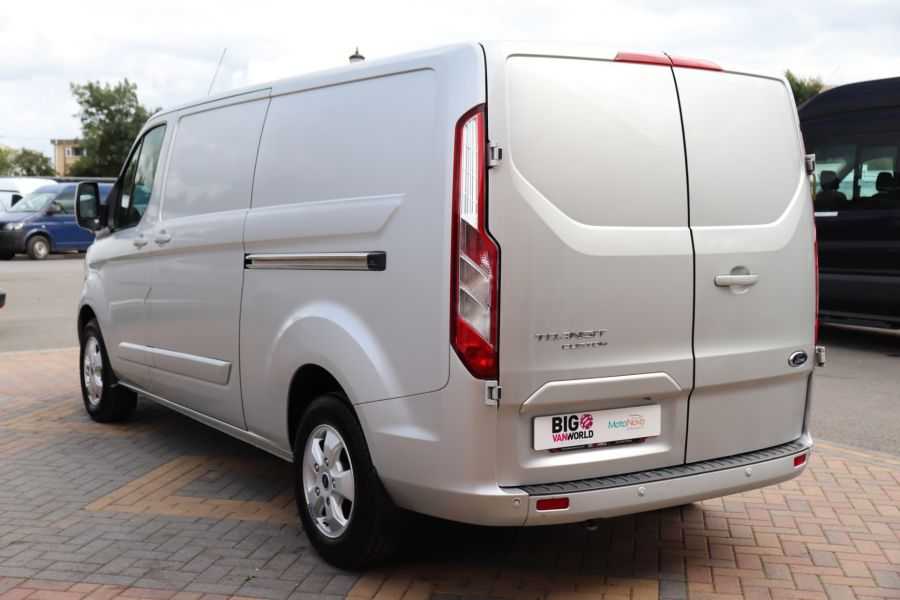 FORD TRANSIT CUSTOM 290 TDCI 130 L2H1 LIMITED LWB LOW ROOF FWD - 12272 - 10