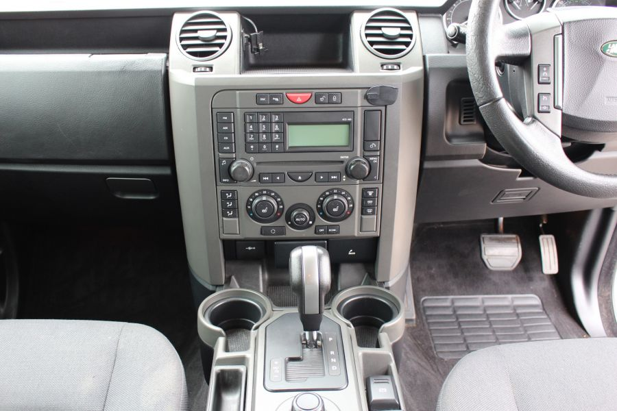 LAND ROVER DISCOVERY 3 TDV6 188 S AUTO - 9721 - 15