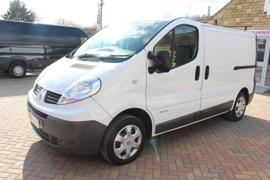 RENAULT TRAFIC SL27 DCI 115 SWB LOW ROOF - 7262 - 8