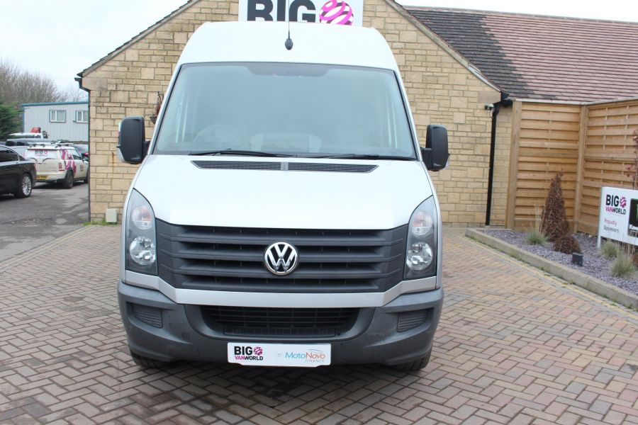 VOLKSWAGEN CRAFTER CR35 TDI MWB HIGH ROOF - 7130 - 9