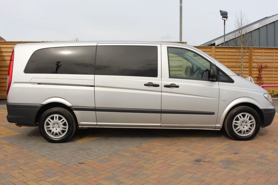 MERCEDES VITO 115 CDI EXTRA LONG 9 SEAT TRAVELINER - 7582 - 4