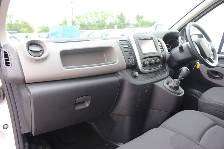 RENAULT TRAFIC LL29 DCI 115 L2 H1 BUSINESS+ PLUS LWB LOW ROOF - 6467 - 19