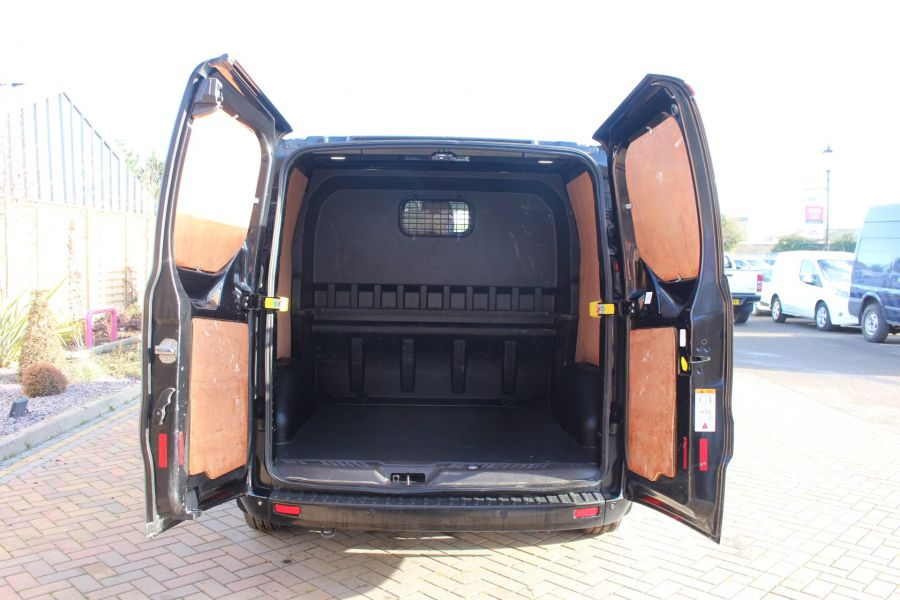 FORD TRANSIT CUSTOM 290 TDCI 155 L1 H1 LIMITED DOUBLE CAB 6 SEAT CREW VAN SWB LOW ROOF FWD - 7026 - 23