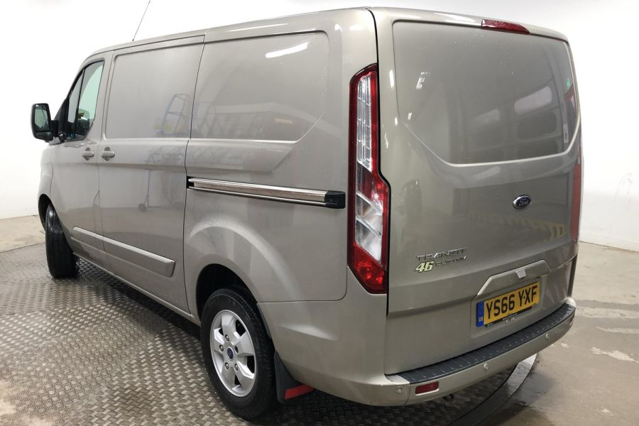 FORD TRANSIT CUSTOM 290 TDCI 170 L1H1 LIMITED SWB LOW ROOF FWD - 12194 - 7