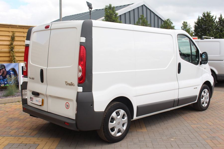 RENAULT TRAFIC SL27 DCI 115 SWB LOW ROOF - 6284 - 5