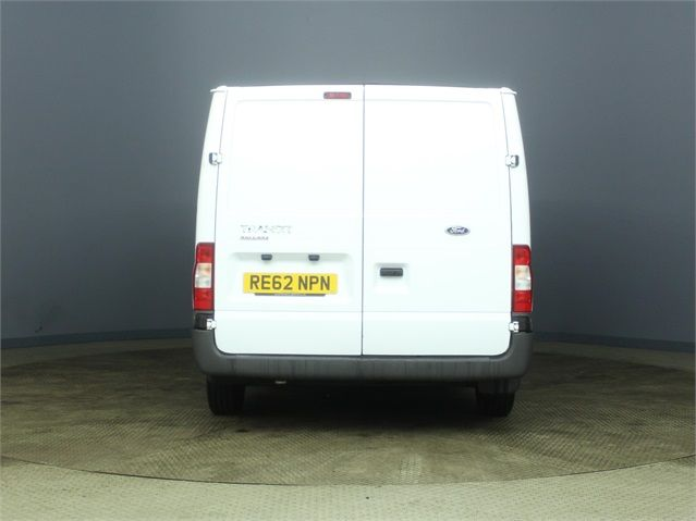 FORD TRANSIT 300 TDCI 100 SWB LOW ROOF FWD - 7264 - 3
