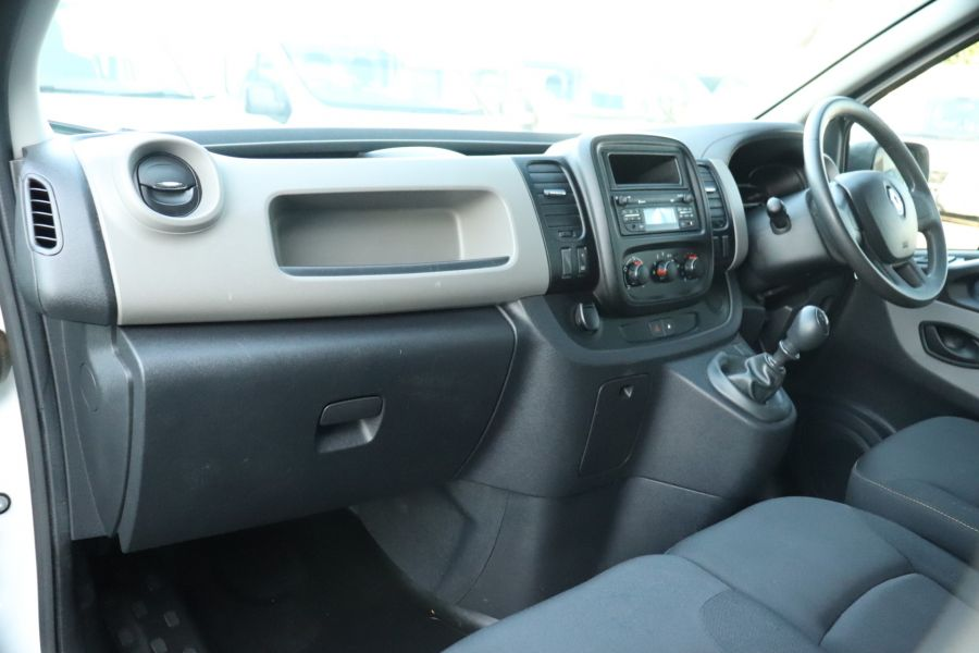 RENAULT TRAFIC SL27 DCI 115 BUSINESS SWB DOUBLE CAB 6 SEAT CREW VAN LOW ROOF  - 10282 - 25