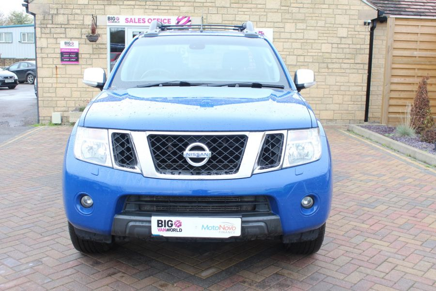 NISSAN NAVARA OUTLAW DCI 231 4X4 SHR DOUBLE CAB WITH ROLL'N'LOCK TOP - 6936 - 9