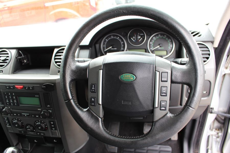 LAND ROVER DISCOVERY 3 TDV6 188 S AUTO - 9721 - 14