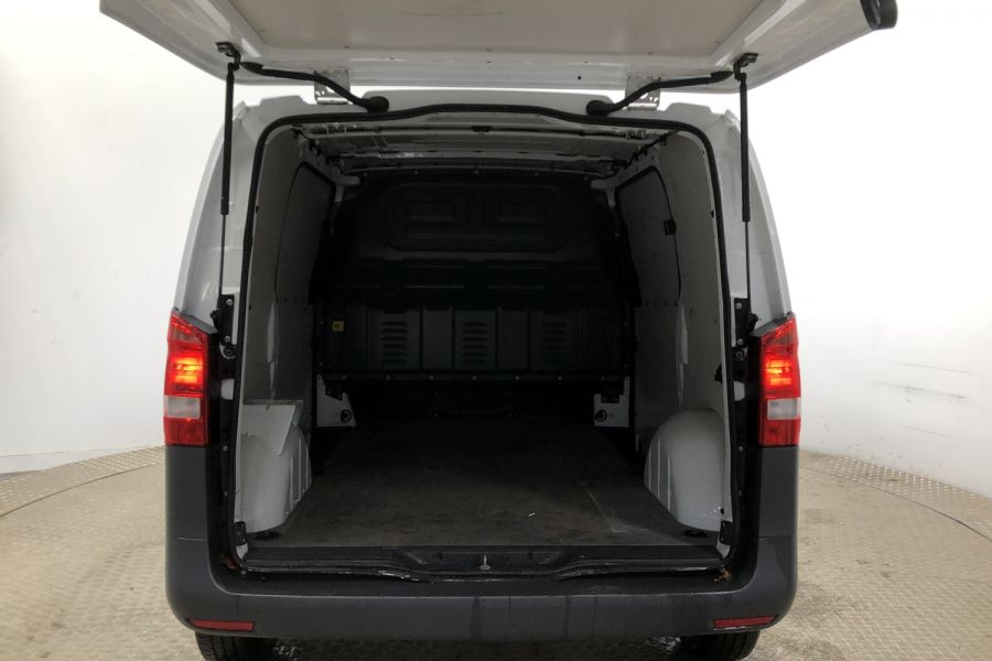 MERCEDES VITO 111 CDI 114 COMPACT SWB LOW ROOF - 12007 - 9