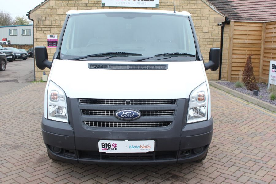 FORD TRANSIT 300 TDCI 100 SWB LOW ROOF FWD - 6939 - 9
