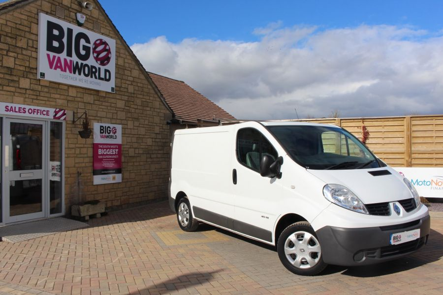 RENAULT TRAFIC SL27 DCI 115 SWB LOW ROOF - 7262 - 1