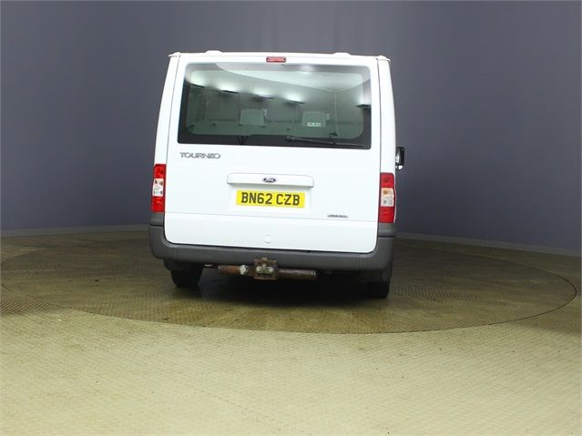 FORD TRANSIT 280 TDCI 125 TREND TOURNEO SWB LOW ROOF 9 SEAT MINIBUS FWD - 7621 - 3