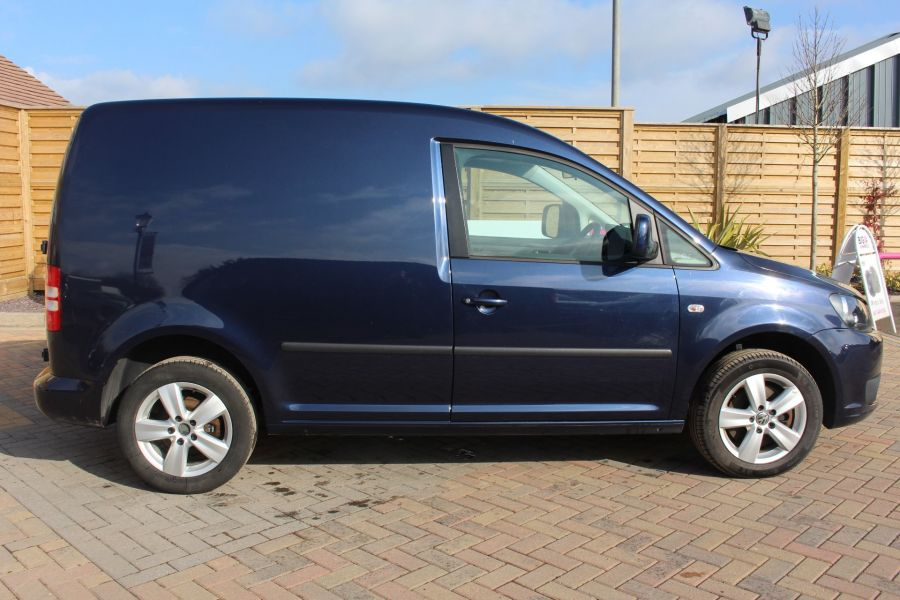 VOLKSWAGEN CADDY C20 TDI 140 HIGHLINE - 7370 - 4