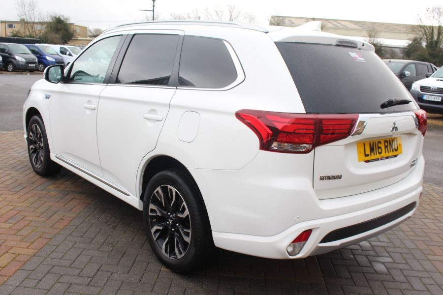 MITSUBISHI OUTLANDER PHEV GX3H 4WORK COMMERCIAL - 9102 - 7