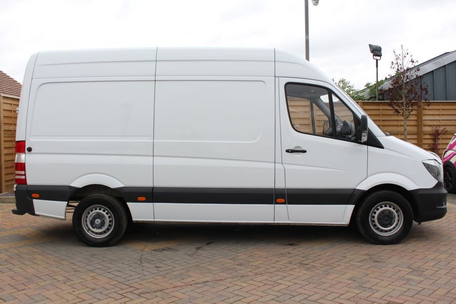 MERCEDES SPRINTER 313 CDI MWB HIGH ROOF - 6708 - 4
