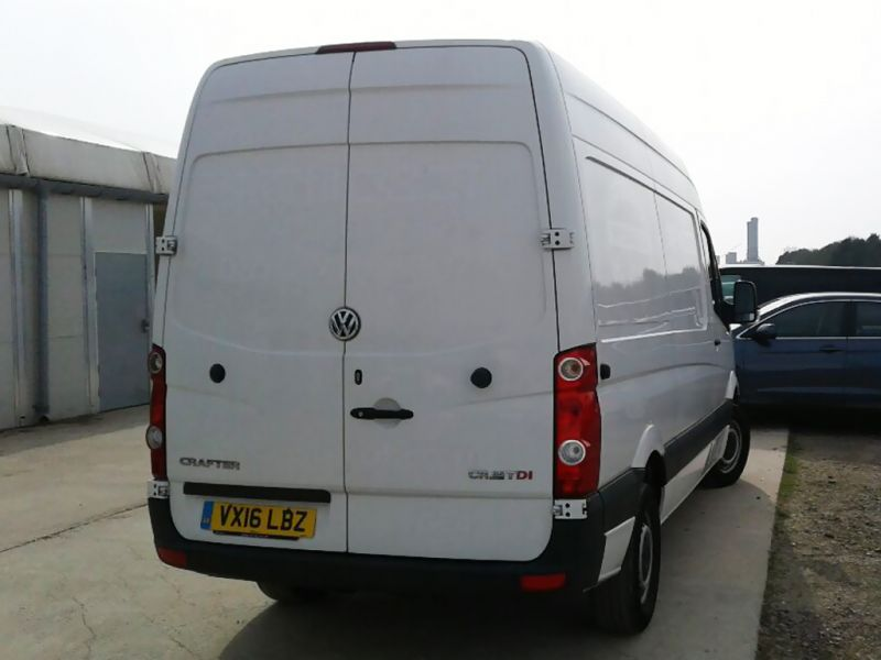 VOLKSWAGEN CRAFTER CR35 TDI 163 MWB HIGH ROOF - 9377 - 3