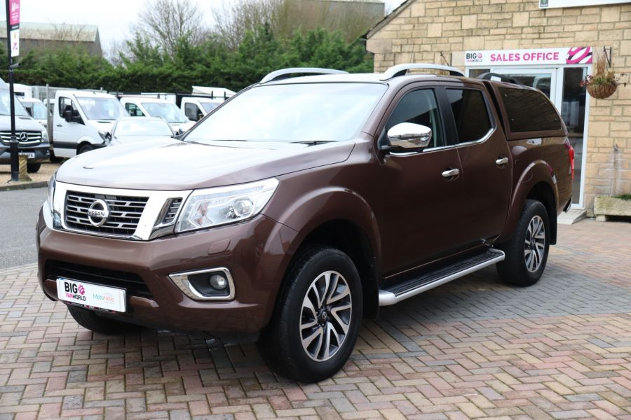 NISSAN NAVARA DCI 190 TEKNA 4X4  DOUBLE CAB WITH TRUCKMAN TOP AUTO - 10310 - 9