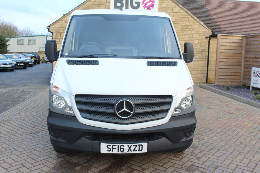 MERCEDES SPRINTER 313 CDI SWB STANDARD LOW ROOF - 8789 - 9