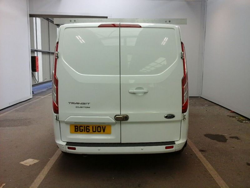 FORD TRANSIT CUSTOM 290 TDCI 125 L2H1 LIMITED DOUBLE CAB 6 SEAT CREW VAN LWB LOW ROOF FWD - 9731 - 3