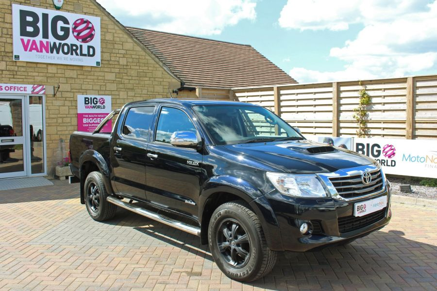 TOYOTA HI-LUX INVINCIBLE X 4X4 D-4D 171 DOUBLE CAB WITH ROLL'N'LOCK TOP - 9257 - 2