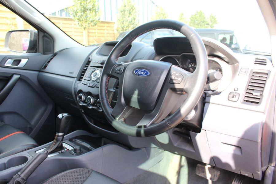 FORD RANGER WILDTRAK 4X4 DOUBLE CAB TDCI 200 - 6114 - 13