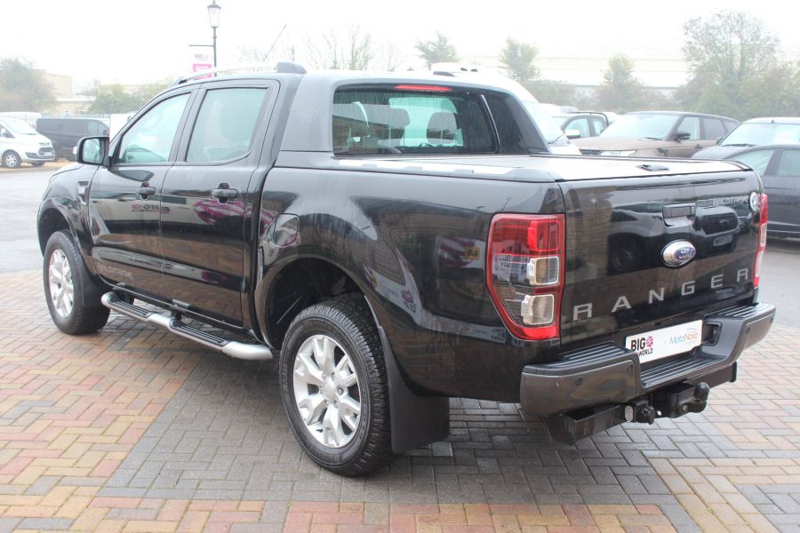 FORD RANGER TDCI 197 WILDTRAK 4X4 DOUBLE CAB WITH ROLL'N'LOCK TOP - 6862 - 7