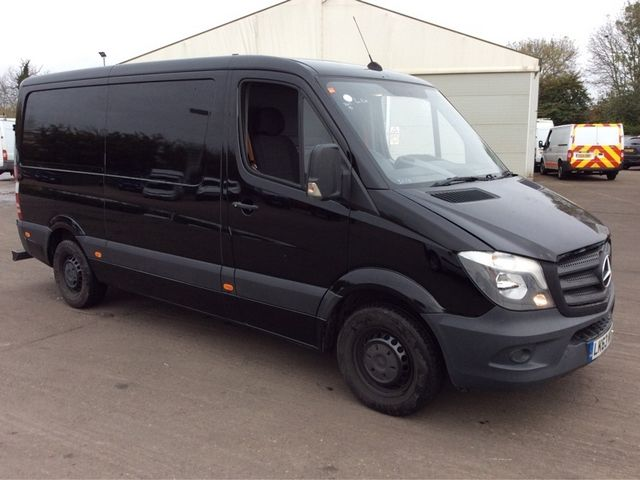 MERCEDES SPRINTER 313 CDI MWB LOW ROOF - 7001 - 1