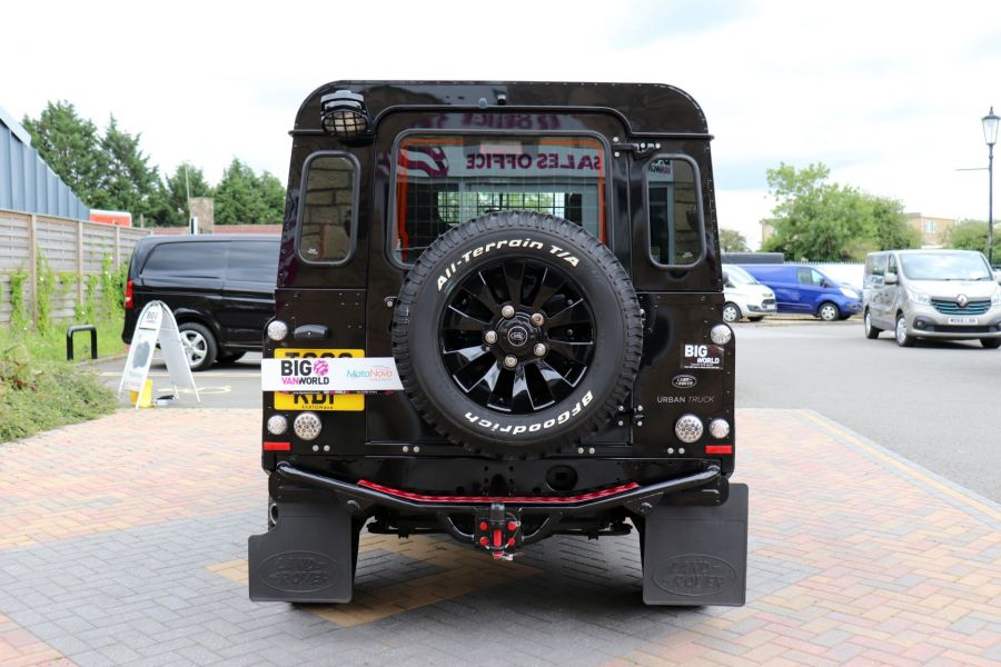 LAND ROVER DEFENDER 90 TD 122 XS URBAN TRUCK HARD TOP - 11096 - 7