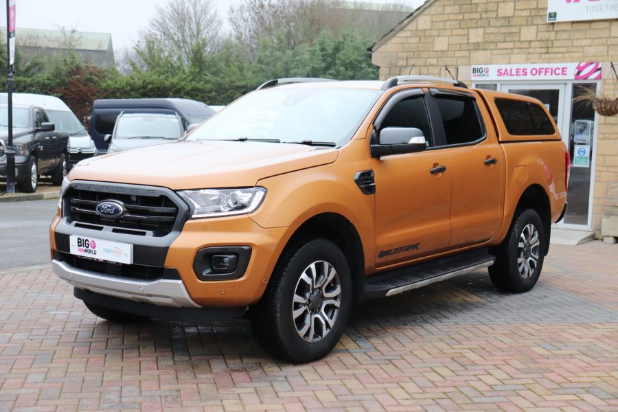 FORD RANGER WILDTRAK 2.0 ECOBLUE 213 4X4 DOUBLE CAB WITH TRUCKMAN TOP - 11613 - 12