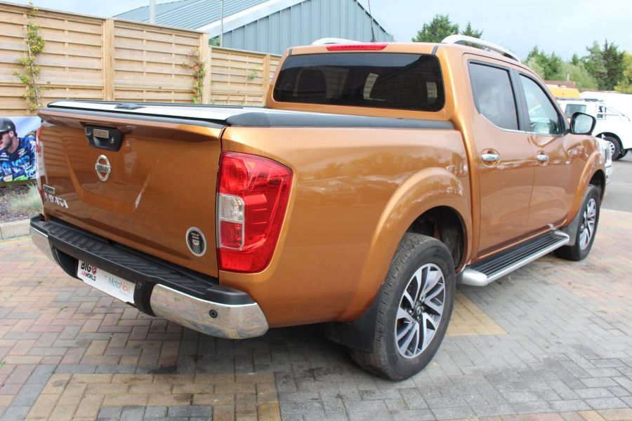 NISSAN NP300 NAVARA DCI 190 TEKNA 4X4 DOUBLE CAB WITH ROLL'N'LOCK TOP - 8313 - 5