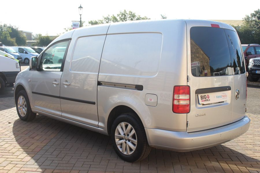 VOLKSWAGEN CADDY MAXI C20 TDI 102 HIGHLINE DSG - 6738 - 7