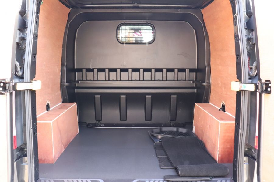 FORD TRANSIT CUSTOM 290 TDCI 130 L1H1 LIMITED DOUBLE CAB 6 SEAT CREW VAN SWB LOW ROOF - 10123 - 40