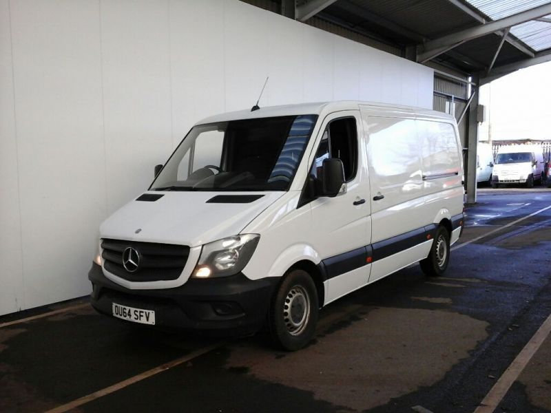 MERCEDES SPRINTER 313 CDI MWB STANDARD LOW ROOF - 8738 - 1
