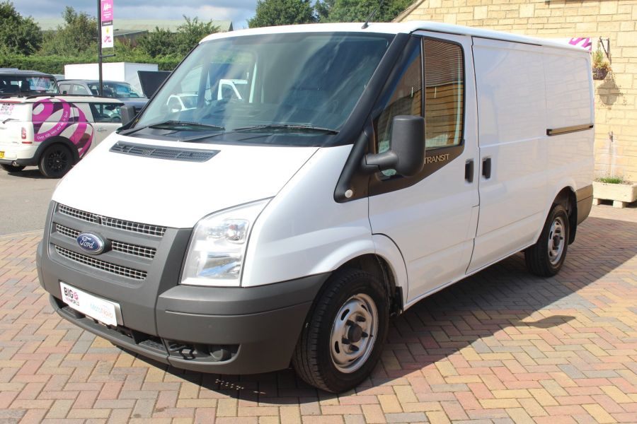 FORD TRANSIT 280 TDCI 125 SWB LOW ROOF FWD - 6451 - 8