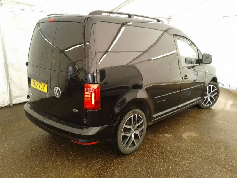 VOLKSWAGEN CADDY C20 TDI 102 BLACK EDITION - 9301 - 2
