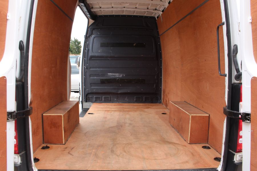 MERCEDES SPRINTER 313 CDI MWB HIGH ROOF - 7486 - 23