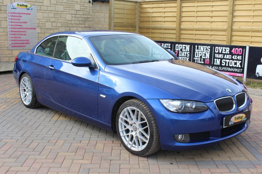 BMW 3 SERIES 330D SE AUTO CONVERTIBLE - 6042 - 1