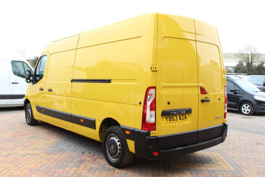 RENAULT MASTER LM35 DCI 125 LWB MEDIUM ROOF - 7494 - 7
