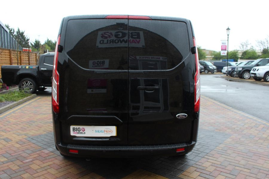 FORD TRANSIT CUSTOM 270 TDCI 125 L1 H1 LIMITED SWB LOW ROOF FWD - 7611 - 6
