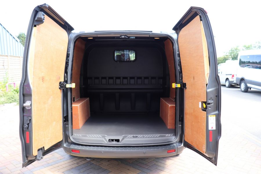 FORD TRANSIT CUSTOM 290 TDCI 125 L1H1 LIMITED DOUBLE CAB 6 SEAT CREW VAN SWB LOW ROOF FWD - 9474 - 36