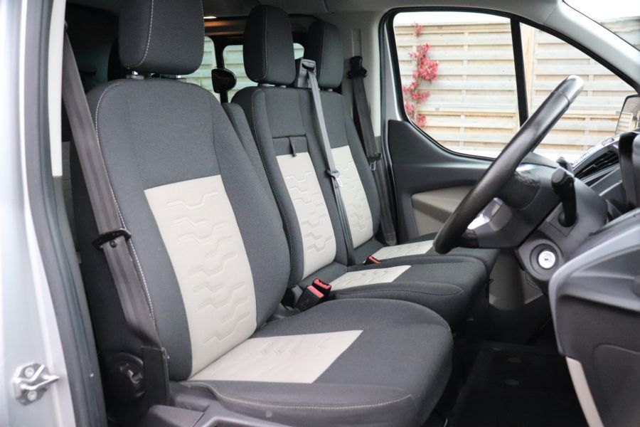 FORD TRANSIT CUSTOM 310 TDCI 130 L2H1 LIMITED DOUBLE CAB 6 SEAT CREW VAN  LWB LOW ROOF FWD  - 9968 - 12