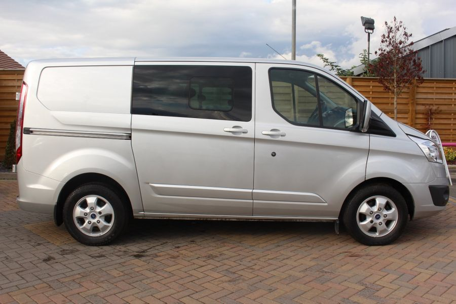 FORD TRANSIT CUSTOM 290 TDCI 125 L1 H1 LIMITED DOUBLE CAB 6 SEAT CREW VAN SWB LOW ROOF FWD - 6791 - 4