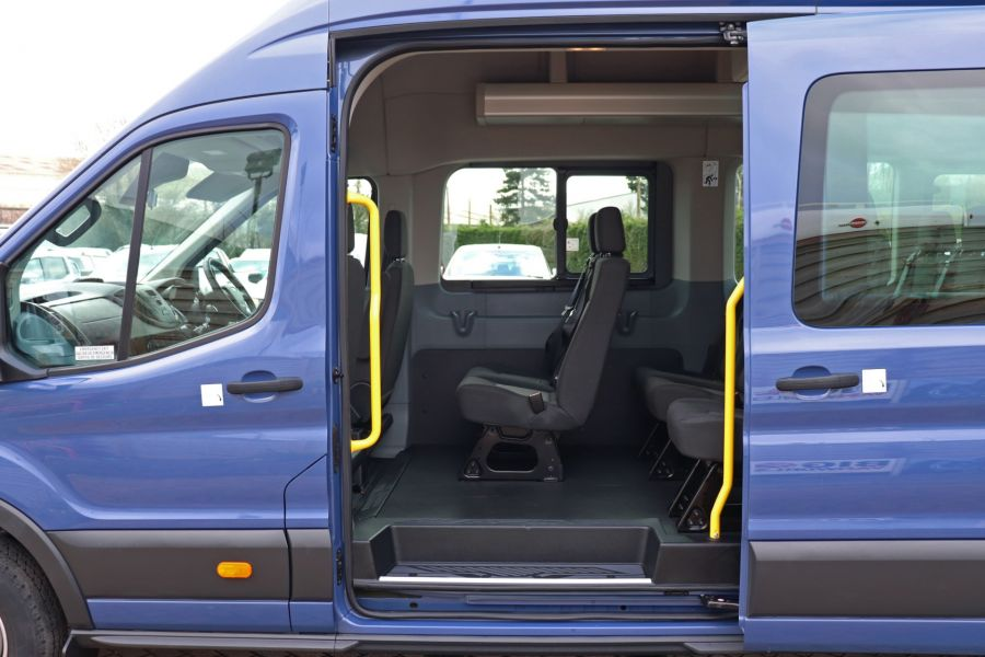FORD TRANSIT 460 TDCI 155 L4H3 17 SEAT BUS HIGH ROOF DRW RWD - 10252 - 34